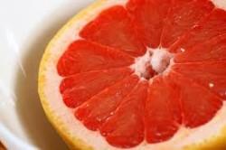 Παρενέργειες από επίδραση του γκρέιπφρουτ σε 85 φάρμακα