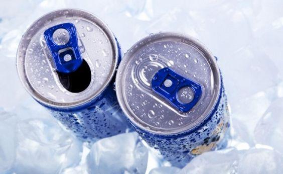 Τα ενεργειακά ποτά δηλητηριάζουν τα παιδιά λόγω της καφεΐνης