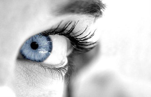 blue-eyes555555555
