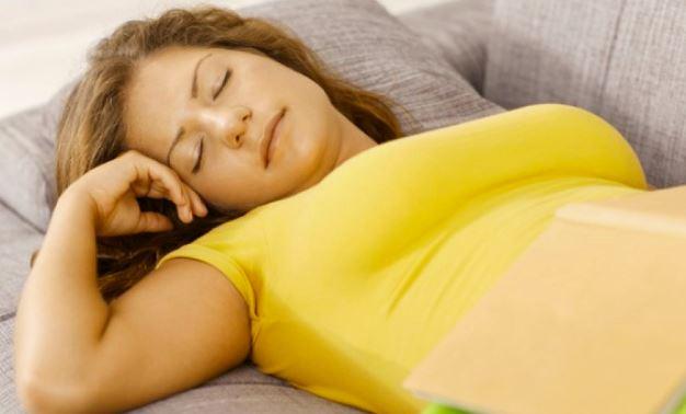 Ο μεσημεριανός ύπνος ρίχνει την αρτηριακή πίεση
